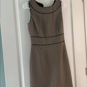 Classic houndstooth brown dress